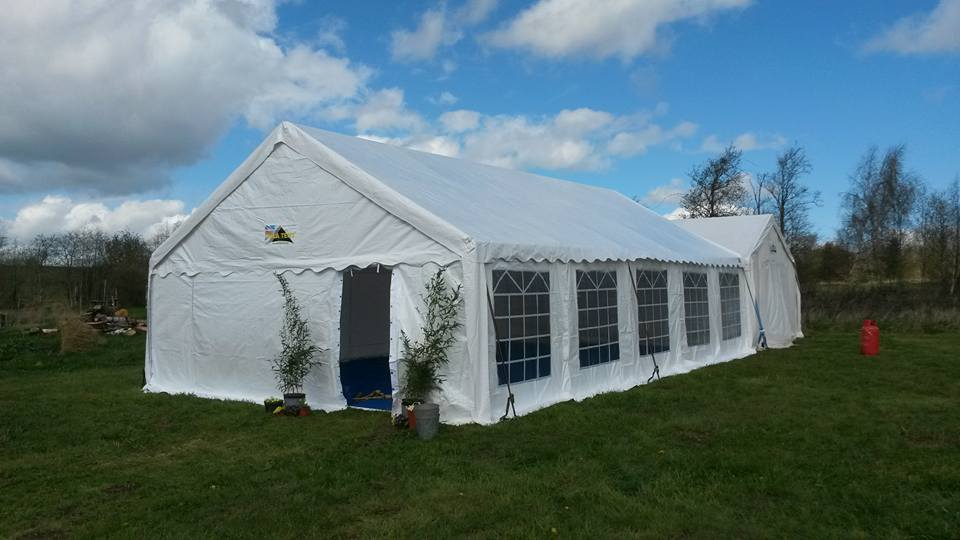 marquee-large